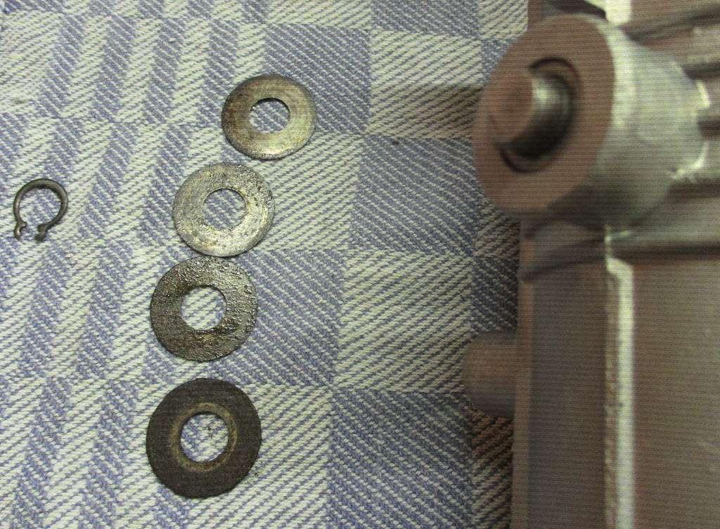 onderkant gasklepstang van gasklephuis BMW 2002tii