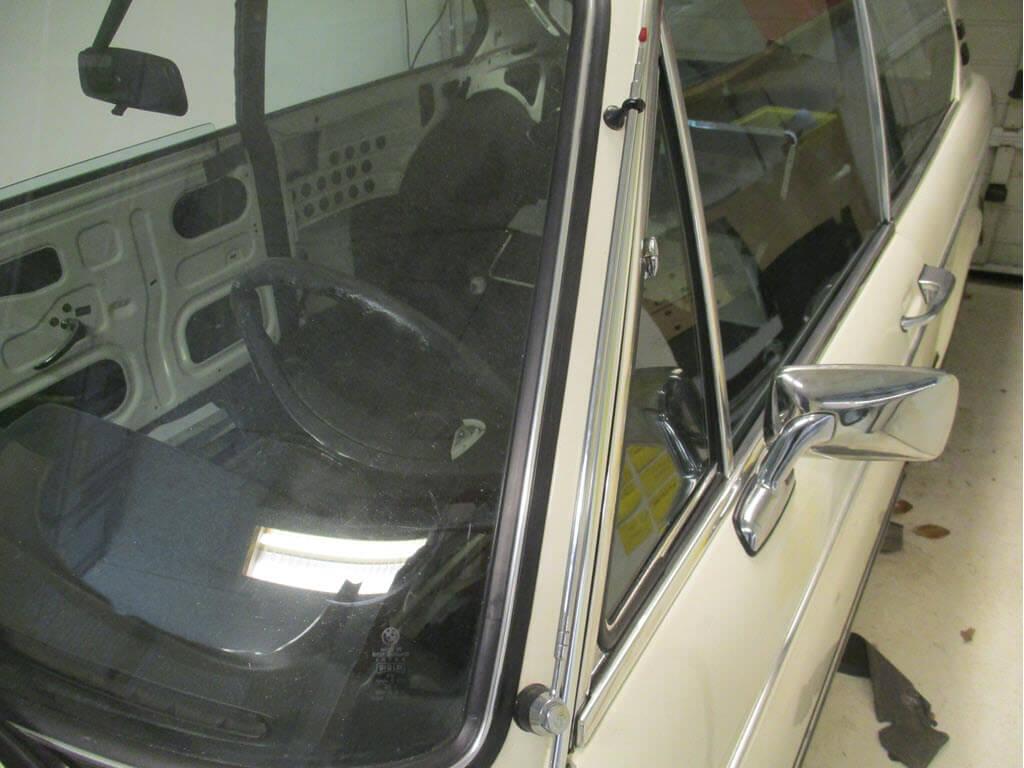 hirschmann antenne gemonteerd op BMW 2002