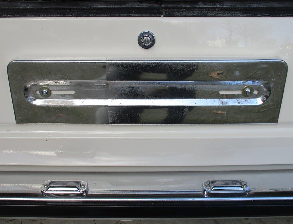 Kentekenplaathouder achter gemonteerd BMW 2002