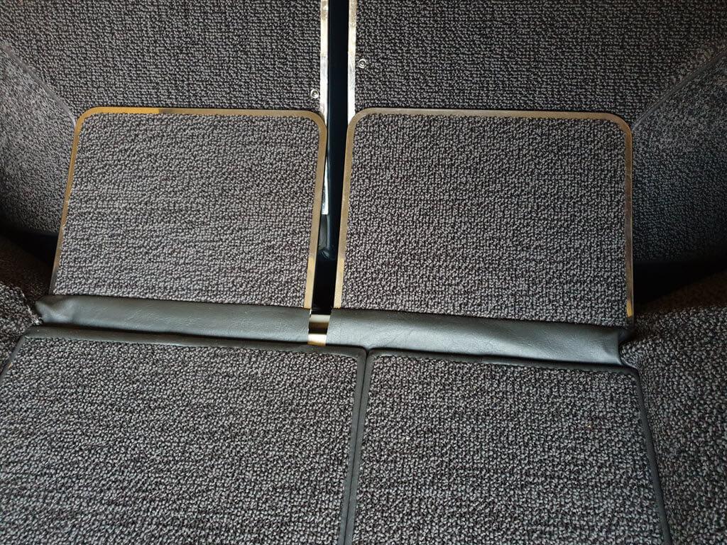 klapplankjes over achterbank met achterbank omlaag bmw 2002 Touring