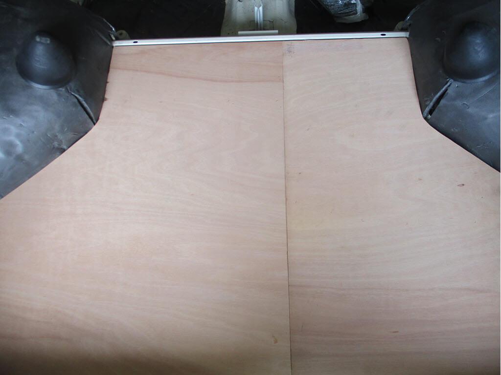 Kofferbakpanelen van multiplex passen voor BMW 2002 Touring