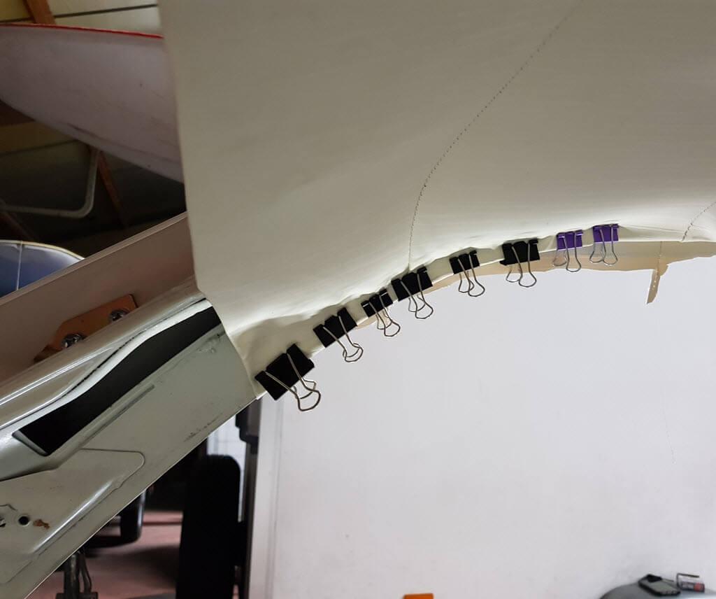 papierklemmen hemel vast zetten bmw 2002