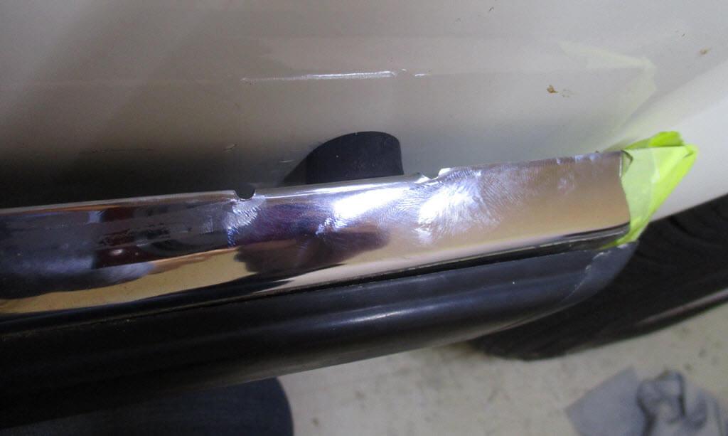 rubber tussen achterbumper en carrosserie bmw 2002